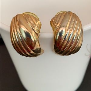 Vintage Stylish Stud Rarrings
